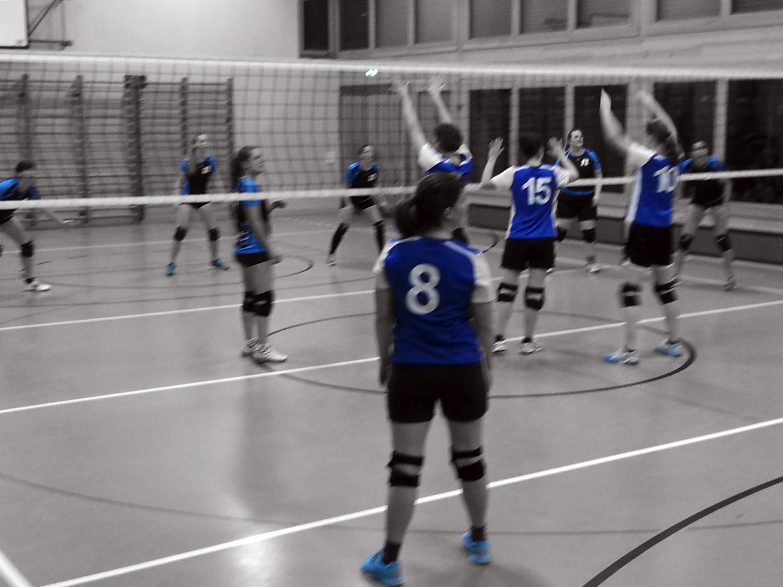 Lazarett auf dem Volleyballfeld